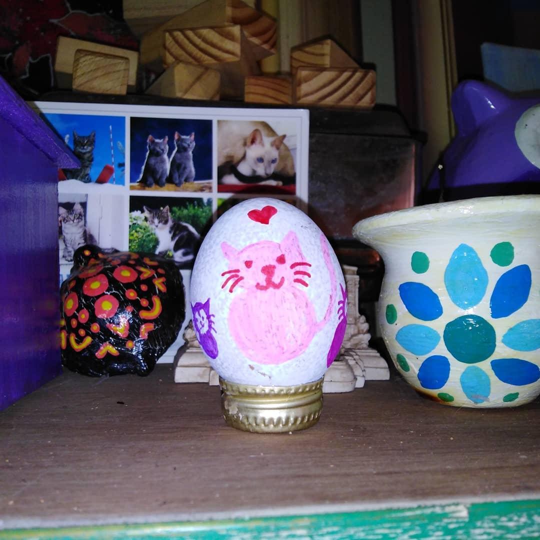 decorar huevo de pascua para la mesa