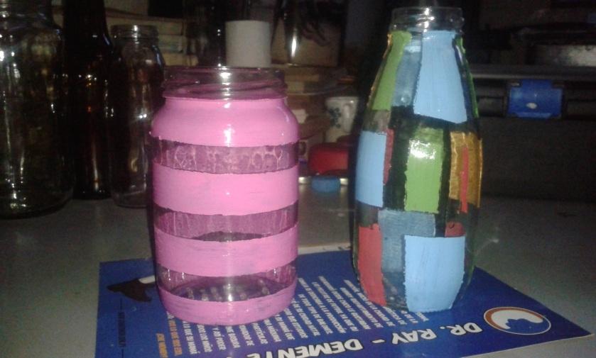 pintar frascos de vidrio con acrílico